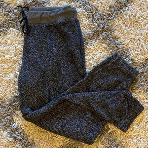 TH Heather Charcoal Joggers || S